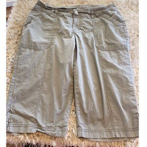 Lane Bryant Grey Pedal Pusher Shorts Size 14